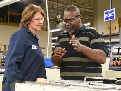 Congresswoman Cheri Bustos Visits Specialty Screw Corporation